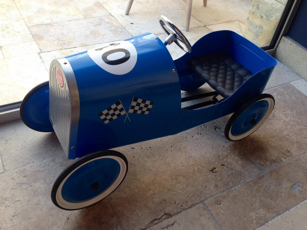 toycar_minimes_2jpg.jpg