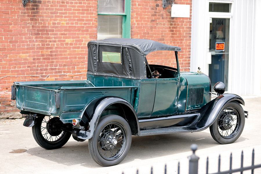 1929-ford-model-a-roadster-pickup-rear.jpg