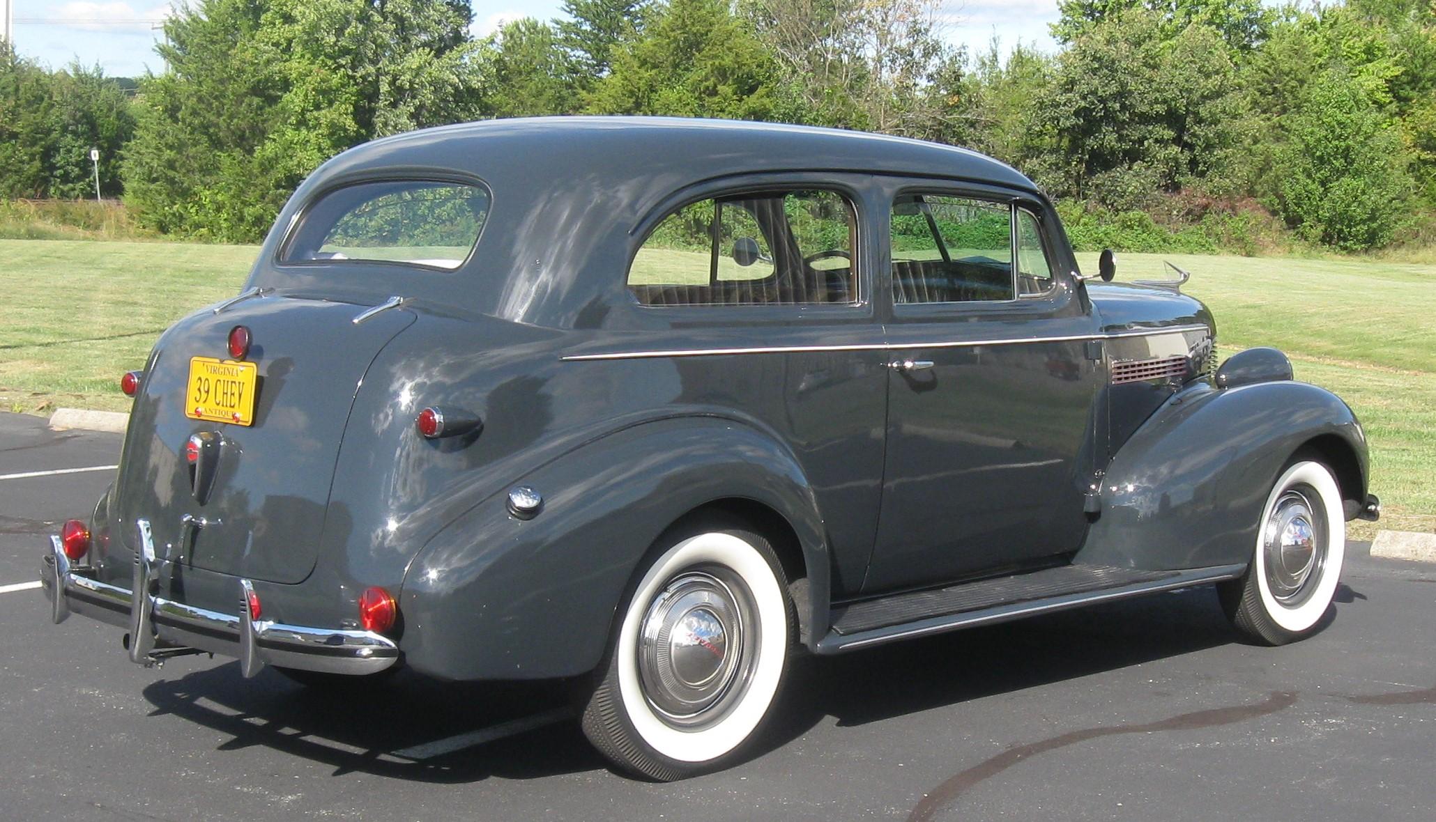 1939-chevrolet-town-sedan-85-horsepower-2.jpg